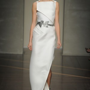nearly-white-gowns-perfect-for-the-wedding-fashion-week-inspiration-gianfranco-ferre.large