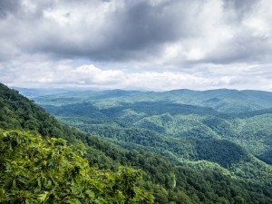 cloudy-day-blue-ridge-parkway