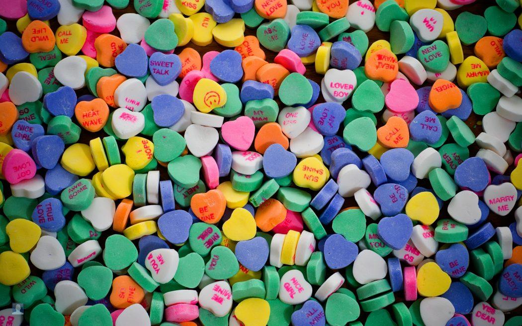 valentine-heart-candy-wallpaper