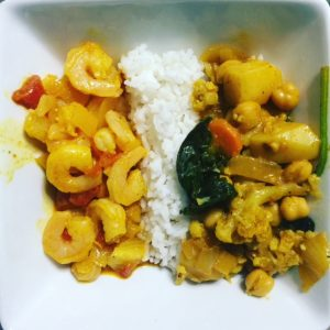 Shrimp curry (right) and Southern India Veggie curry (right)